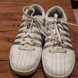K-Swiss size 9 white/silver classic sneakers
